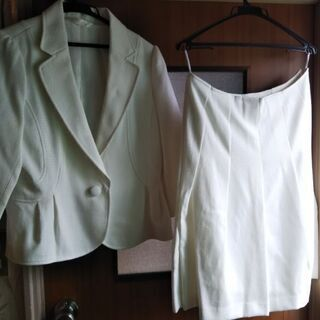白いサマースーツ(13号)  まもなく処分!