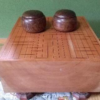 【引取限定】囲碁盤と碁石セット中古