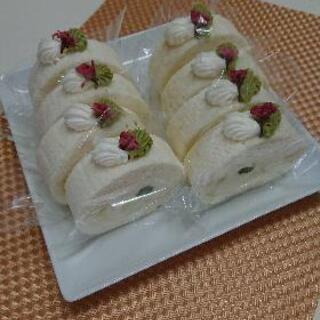ホワイトロールケーキ