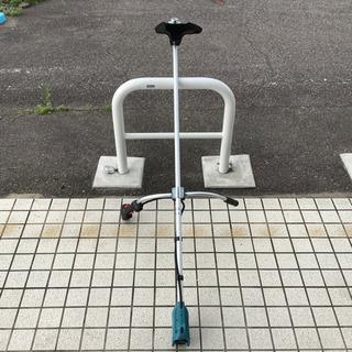 安心・安全・軽量で使いやすい! makita  充電式刈払…