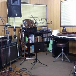 伊勢崎市にある『音楽工房Moderato』です。ヴォーカル教室、...