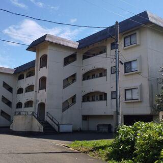 77万円(税込)!!中古マンションです。オール電化済で直ぐ住めます。