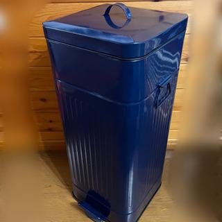 ブリキのダストペール オシャレなゴミ箱