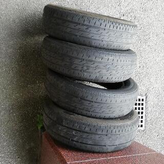 タイヤ4本