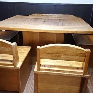 【ネット決済】民芸調の4人から最大6人用食卓セットです。