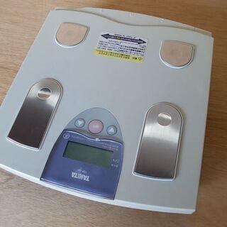 TANITA 体脂肪率 体重計 売ります