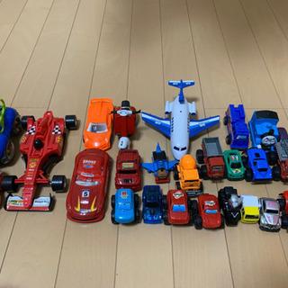 大幅値下げ!小さめの車のおもちゃまとめ売り