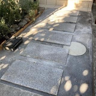 玄関前 通路に大理石使って見ました