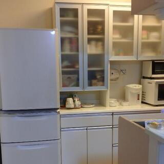 【ネット決済】白い食器棚 幅59cm