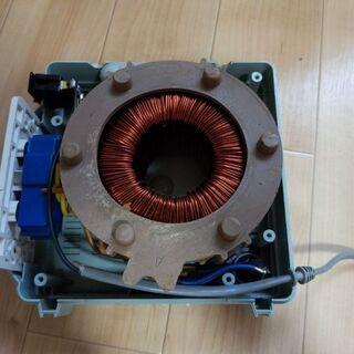 変圧器ジャンク品(トランス、100v→220v、昇圧)