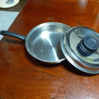 蒸水鍋? - 家具