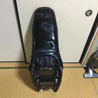 【ネット決済・配送可】ジェイド250 三段シート ジャンク