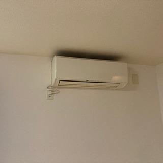 500円で古いエアコンを買取&取り外し致します!!