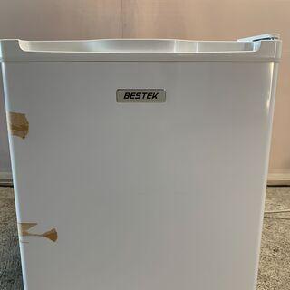【格安】BESTEK 1ドア冷蔵庫 BTMF107 2017年製 通電確認済み 早いもの勝ち! 配送OKの画像