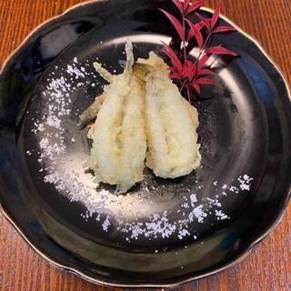 ヤバっ!蕎麦と一緒に食べるハゼの天ぷらが美味しすぎっ!!!