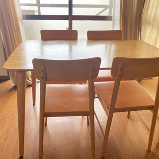 ダイニングテーブル 椅子4脚 【取引予定あり】の画像