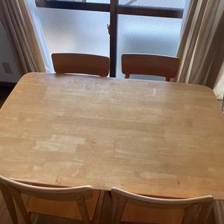 ダイニングテーブル 椅子4脚 【取引予定あり】 − 愛知県