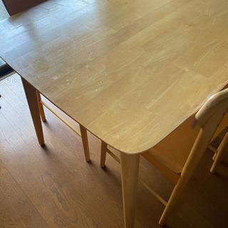 ダイニングテーブル 椅子4脚 【取引予定あり】 - 春日井市
