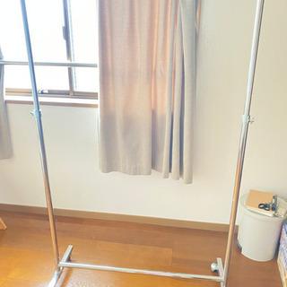 ハンガーラック【取引予定あり】