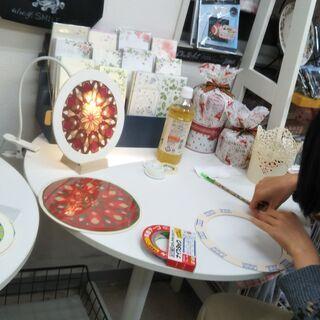 【8月】紙のステンドグラス/ローズウィンドウ&ぺたぺたワーク♪ − 神奈川県