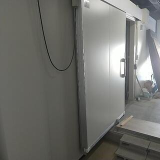 【ネット決済・配送可】13畳冷凍庫.−30℃まで下がる