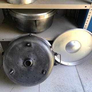 鍋2つ、やかんセットの画像