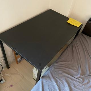 IKEA ダイニングテーブルの画像