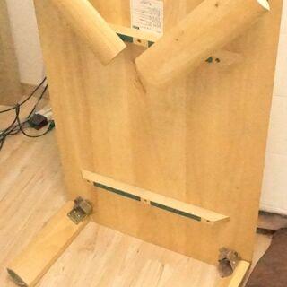 【0円※直接受取りの方限定】折りたたみテーブル・座椅子お譲りします - 家具