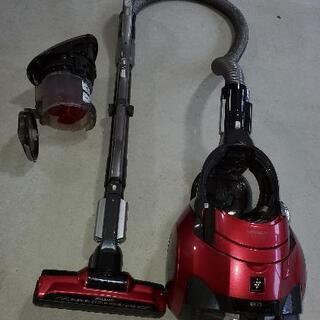 SHARP サイクロン掃除機 (赤) - 家具