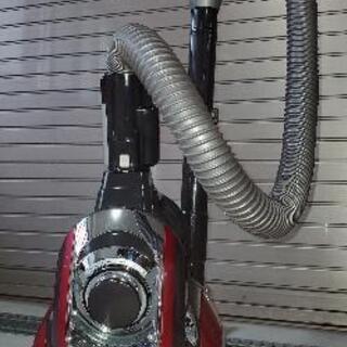 SHARP サイクロン掃除機 (赤)の画像