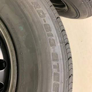 ハイエースワゴン新車外しタイヤ4本セット(スチールホイール組)①