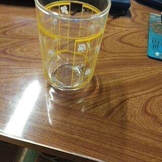 ガラス製コップ(中古)
