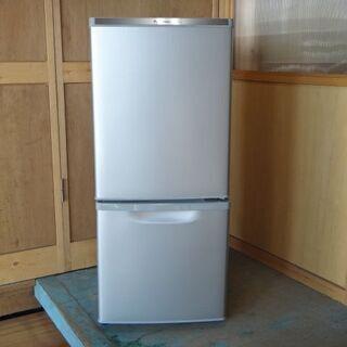 ☆Panasonic  138L 冷蔵庫 NR-B148W ☆