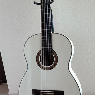 【new!】珍しい白いアコースティックギター《音は柔らかい、綺麗...