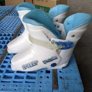 【値下げしました】スキー板、ストック、ブーツセット【美品】 − 岐阜県