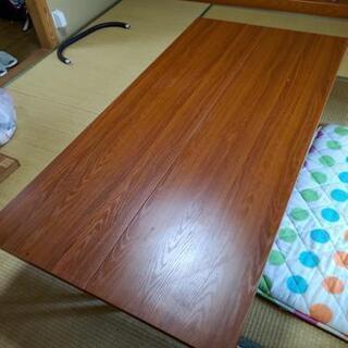 1つ6000円くらいしました。会議用テーブル お盆や正月の集まり...
