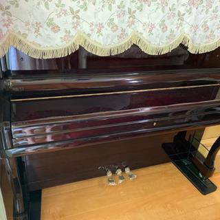 アップライトピアノー日本製ホリューゲル