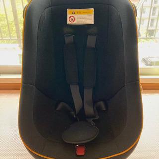 タカタ: 乳幼児用チャイルドシート 体重18KGまで