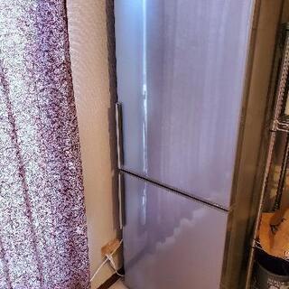 二つドア冷蔵庫