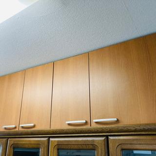 食器棚の上にさらに置ける棚