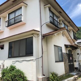 呉の波止場街、昔ながらの家とコンパクトな家、2軒セットで売却します