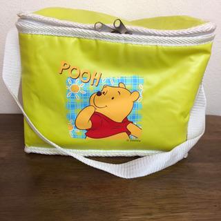 プーさんの保冷バッグ  500ml   横に4本入る大きさ!