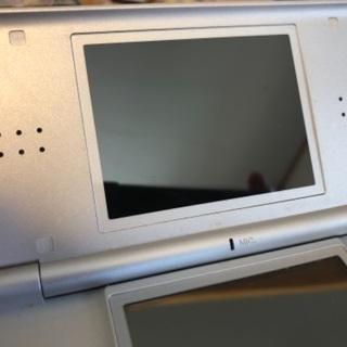 NintendoDSlite本体+ソフト6本★動作確認済★