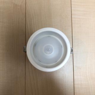 アイリスオーヤマ 天井埋込型 LED(昼白色) センサー式…