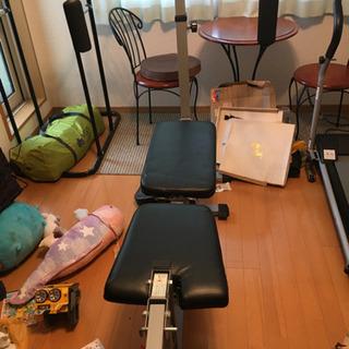 トレーニングジム、ランニングマシーン、ぶら下がり健康器3店セット