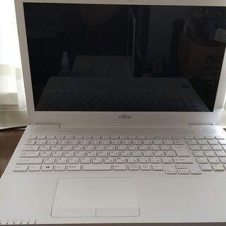 15型ノートパソコン AH42/Y 富士通製 美品