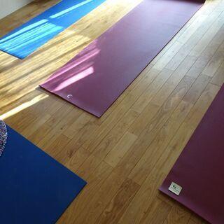 インド伝統ヨーガと描く瞑想コーラムの教室