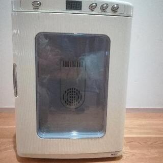 ポータブル保冷温庫