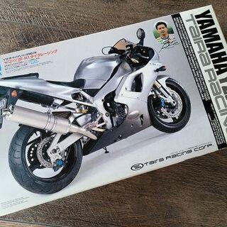 YAMAHA YZF-R1 タイラレーシング NO.74 プラモデル