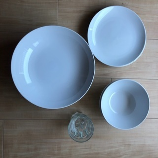【ネット決済】【美品】IKEA お皿 スプーン フォーク ナイフ...